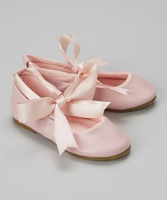 These are beyond adorable, but would look just fantastic with a big, tea length, full tulle flower girl dress....so dreamy!!  Look what I found on #zulily! Pink Bow Leather Ballet Flat #zulilyfinds