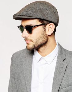e7d0c029bb9 he flat cap is quite a popular style for men to wear as a hat style