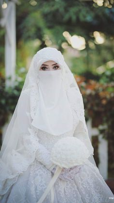 ''Hijab is not a barrier between you and the people.it's a barrier between you and the evil of the people''_ Ibn e Taymiyyah Muslimah Wedding Dress, Muslim Wedding Dresses, Wedding Dress With Veil, Hijab Bride, Muslim Brides, Evening Dresses For Weddings, Wedding Dresses For Girls, Gorgeous Wedding Dress, Niqab