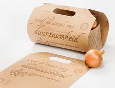 Vegetable packaging out of kraft paper by Remmert Dekker Studio - http://www.remmertdekker.nl/ontwerp-en-realisatie/
