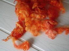 Wensleydale hand dyed fleece with locks 30g/11oz grapefruit