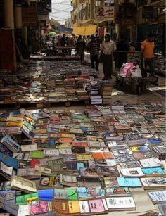 Google Image Result for http://publishingperspectives.com/wp-content/uploads/2010/11/Bookselling-on-the-street-in-Baghdad.png