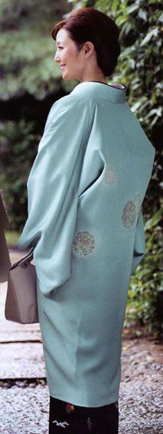 きもの誌に掲載 【はおる-長羽織の魅力】着物と羽織の堀一商事株式会社