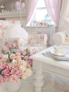 Roses Romantikev.com Romanticev blog Romantic evim Pastel cicekli Ev dekorasyonu Romantik dekorasyon fikirleri Vintage evim