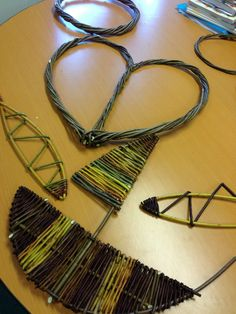 Traditional Craft: Willow Weaving in Cornwall - Hoops, Hearts, Fish and a boat! www.wayswithwillow.co.uk