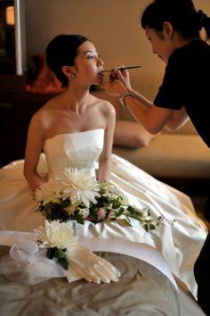 結婚式当日写真 Wedding Styles, Wedding Dresses, Hair Styles, Japan, Fashion, Bride Dresses, Hair Plait Styles, Moda, Bridal Gowns