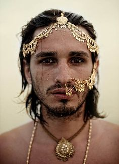 How do you like your Gold on a man? #MensFashion #Jewelry Fabulous Photograph