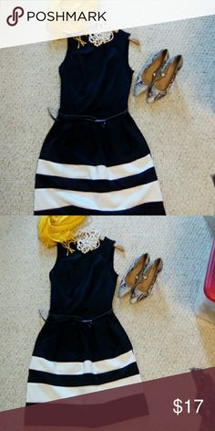 classy black and white dress Timeless for work or play. Fits more like small Dresses Midi