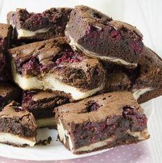 Sajttorta-brownie málnapöttyökel