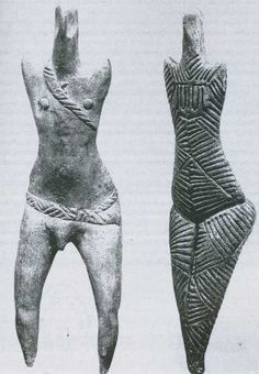 Detail man and woman, Cucuteni culture, Romania - 3500 BC) Ancient Aliens, Ancient History, Women Artist, Ancient Goddesses, Gods And Goddesses, Art Ancien, Art Premier, Art Sculpture, Prehistory