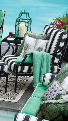 Green black and white bohemian chic decorThe perfect garden party. That's what Grayson calls to mind. This timeless seating collection is elegant without being fussy, with a high lattice back and airy design that are achieved in solid cast aluminum. Interior Decorating Styles, New Interior Design, Home Decor Trends, Outdoor Rooms, Outdoor Living, Outdoor Furniture Sets, Outdoor Decor, Outdoor Balcony, Iron Furniture