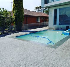 """All-Concrete services on Instagram: """"www.acsconcretedesign.com.au Exposed aggregate pool coping and surrounds with cowra stone #acsdriveway #exposedagg #exposedaggragatesydney…"""" Pool Decking Concrete, Exposed Aggregate Concrete, Pool Paving, Backyard Landscaping, Cornwall Garden, Pool Decks, Lanai, Pool Houses, Landscape Design"""