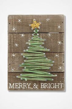 Merry and Bright String Art Merry and Brig . - Merry and Bright String. Diy Christmas Tree, Christmas Projects, Christmas Baubles, Christmas Ideas, String Art Diy, String Art Patterns, Tree Wall Art, Merry And Bright, Xmas Decorations