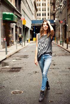 Rocker chic, light wash skinny jeans, gray slouchy tshirt