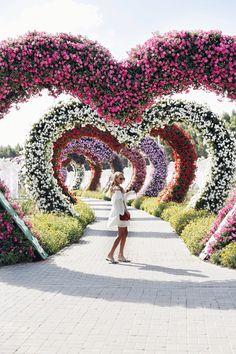 Miracle Garden, Dubai travel guide: http://www.ohhcouture.com/2017/01/dubai-travelguide/ | #ohhcouture #LeonieHanne