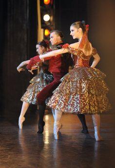 Spanish Chocolate from English National Ballet's Nutcracker. Photo by Laurent Liotardo:
