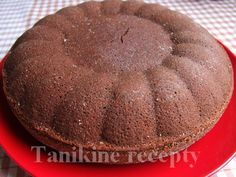 Cviklový koláč :: Recepty Muffin, Breakfast, Food, Morning Coffee, Muffins, Meal, Essen, Hoods, Cupcakes