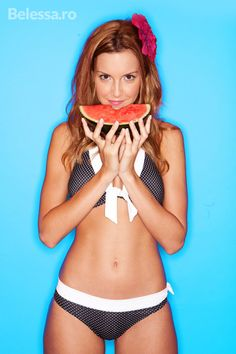 How to Maintain Your Flat Belly All Summer Long Plastic And Reconstructive Surgery, Plastic Surgery, Liposuction, Body Contouring, Lingerie Models, Flat Belly, Model Agency, Aqua Blue, Photo Library