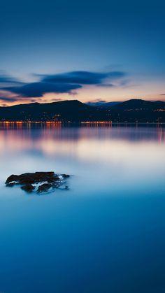 Nature Peaceful Lake Night Cityscape Scene iPhone 6 wallpaper