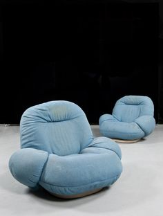Pierre Paulin, 'Pacha' Armchairs for Mobilier International, 70s Furniture, Dream Furniture, Painted Furniture, Furniture Design, Interior Architecture, Interior And Exterior, Bean Bag Design, Pierre Paulin, Light Blue Aesthetic