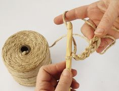 Have you noticed that natural jute decor is bang on trend right now? In this tutorial, you'll learn how to crochet the rounds and create a stunning contrast between the natural jute and metallic. Crochet Stitches Free, Crochet Patterns, Coaster Crafts, Wall Hanging Crafts, Circle Rug, Rope Crafts, Weaving Art, Learn To Crochet, Knitting Yarn