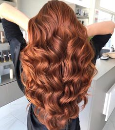 pretty hairstyles for summer Half Up Wavy Hair, Dyed Hair, Bronze Hair, Hair Color Auburn, Auburn Hair Copper, Hair Color And Cut, Copper Hair Colour, Ginger Hair, Gorgeous Hair