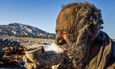 Amou Haji, 80-Year-Old Iranian Man, Smokes Animal Poop, Says He Hasn't Bathed In 60 Years (PHOTOS)