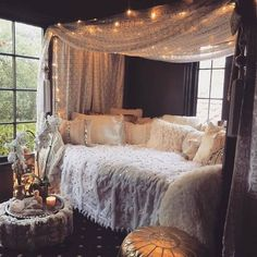 Bohemian Latest And Stylish Home decor Design And Ideas Bohemian House Decor Bohemian Decor Design Home Ideas Latest Stylish Cute Bedroom Ideas, Girl Bedroom Designs, Room Ideas Bedroom, Bedroom Decor, Design Bedroom, Bedroom Candles, Girls Room Design, Cosy Bedroom, Wall Design