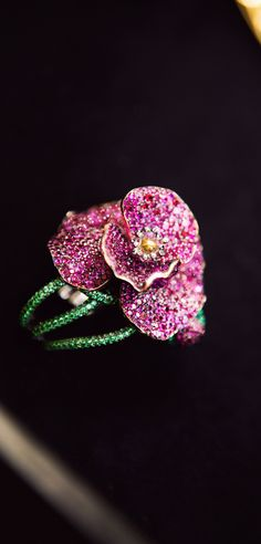 Chopard Red Carpet Collection (2013) an eye-catching 'Poppy Flower Ring'~set w' 705 rubies via 'chopardredcarpet.tumblr.com' ♥❤♥