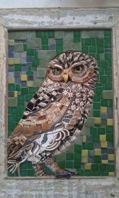 Mosaic dog by Solange Piffer🖤mosaic💛serious💚owl🖤but I 💚rock Owl Mosaic, Mosaic Birds, Ceramic Mosaic Tile, Mosaic Wall Art, Mosaic Glass, Glass Art, Stained Glass, Mosaic Crafts, Mosaic Projects