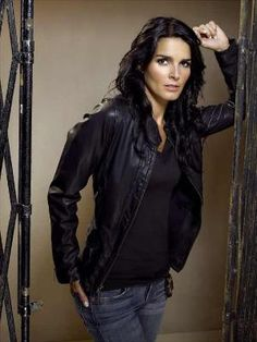 rizzoli and isles ..my favorite TV show of all, I love it.I like Rizzoli she is very funny and kind, sure of it.