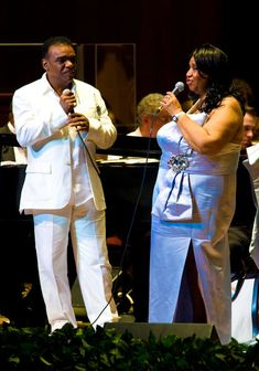 Ron Isley and Aretha Franklin