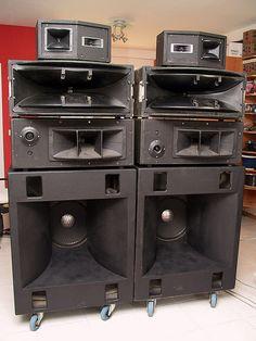 FD004394   Old Pink   Flickr Pro Audio Speakers, High End Speakers, Hifi Audio, Subwoofer Box Design, Speaker Box Design, Audiophile Speakers, Speaker Amplifier, Dj Equipment For Sale, Pioneer Audio
