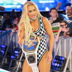 Carmella Winner Defeat Charlotte Flair Smackdown Women's Championship at WWE Backlash 2018 Wrestling Divas, Women's Wrestling, Body Fitness, Hottest Wwe Divas, Carmella Wwe, Queen Of The Ring, Wwe Pictures, Wwe Women's Division, Wwe Female Wrestlers