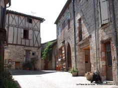 Castelnau-de-Montmiral-Place_de_la_Rose