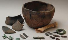 Pravěk - ŠKOLÁKOV Serving Bowls, Halloween, Tableware, Prehistory, Blue Prints, Dinnerware, Tablewares, Dishes, Place Settings