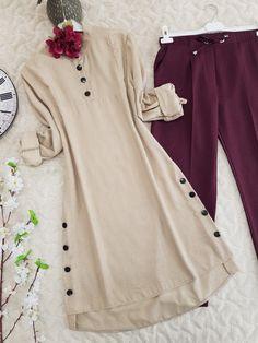 Tall Fashion Tips .Tall Fashion Tips Indian Fashion Dresses, Muslim Fashion, Fashion Wear, Hijab Fashion, Fashion Outfits, Fashion Tips, Fancy Dress Design, Stylish Dress Designs, Designs For Dresses
