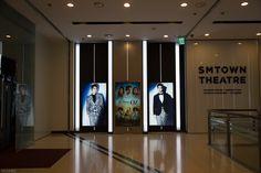 SMTOWN 2015  풍경  #한류 를 이끌어 나가는 SMTOWN의 풍경  SM Town (stylized as SMTOWN) is the umbrella name for the recording artists under South Korean entertainment company, S.M. Entertainment.   #SM타운 https://www.smtown.com/  유투브 https://www.youtube.com/user/SMTOWN  페이스북 https://www.facebook.com/smtown  SM타운 위키 http://en.wikipedia.org/wiki/SM_Town   #디스크, #체형교정, #사상체질, #다이어트, 통증 전문 #우리들한의원 대표원장 #김수범 한의학박사   http://www.wooree.com  #무료앱  free app.  http://www.iwooridul.com/app-update