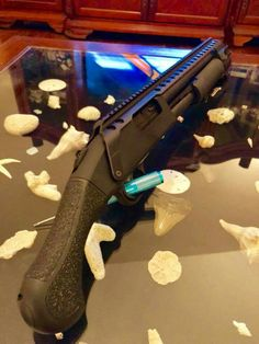 REAL NICE Weapons Guns, Guns And Ammo, Shotguns, Firearms, Mossberg Shockwave, Zombie Hunter, Real Steel, Shooting Guns, Tactical Survival