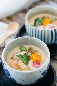 Chwanmushi is Japanese savoury egg custard which is very easy to make and packed with Umami and protein. Can be cooked in under 20 minutes! #Chawanmushi, #Japanese savoury egg custard, #Japanese egg custard, #Japanese food, #Japanese authentic...