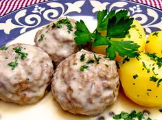 """The German recipe Koenigsberger Meatballs or """"Klopse"""" are from Prussia, the recipe is more than 200 years old. Now you can make that special dish at home!"""