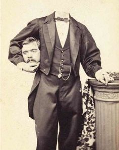 Before the Photoshop: Here Are 20 Creepy Headless Portraits From the Victorian Era Vintage Bizarre, Creepy Vintage, Vintage Halloween, Halloween Circus, Happy Halloween, Vintage Pictures, Old Pictures, Old Photos, Cirque Vintage