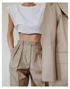 Nude Outfits, Classy Outfits, Chic Outfits, Fall Outfits, Fashion Outfits, Work Outfits, Work Attire, Fashion Clothes, Business Outfits Women