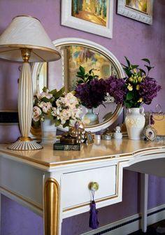 . Luxury Homes Interior, Apartment Interior Design, Living Room Interior, Interior Decorating, Vintage Dressing Tables, Dressing Table Mirror, Interiores Art Deco, Feng Shui, Rose Decor