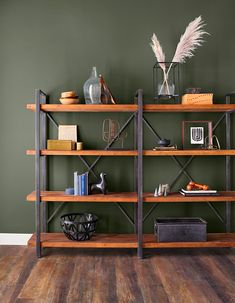 Alive – Sherwin-Williams Colormix Forecast 2020 Alive – Sherwin-Williams Colorm… - commercial office interior o Olive Green Paints, Olive Green Walls, Green Accent Walls, Accent Wall Colors, Green Paint Colors, Colours, Workspace Design, Dining Room Walls, Living Room