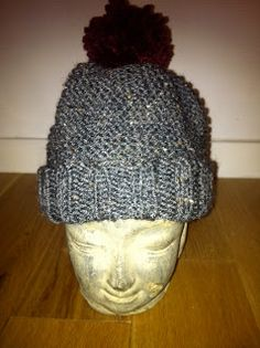 Grey and deep red woolen hat