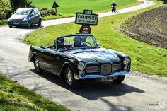 #Facel_Vega #Facellia #F2 au Rallye d'Aumale. Reportage complet : http://newsdanciennes.com/2016/04/12/rallye-daumale-autos-margo-polo/ #ClassicCar #Vintage #Car #Voiture #Ancienne