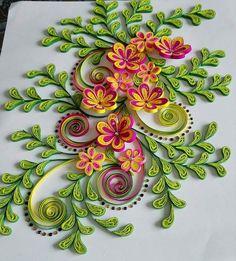 Neli Quilling, Paper Quilling Flowers, Paper Quilling Patterns, Quilling Paper Craft, Paper Flower Wall, Paper Crafts, Quilling Ideas, Quilled Roses, Quilling Tutorial
