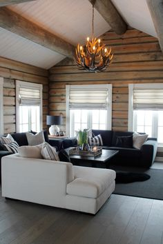 Awesome 47 Inspiring Home Interior Cabin Style Design Ideas Modern Cabin Interior, Cabin Interior Design, Rustic Home Design, Living Room Interior, Living Room Decor, Modern Cabin Decor, Cabin Style Homes, Log Cabin Homes, Log Home Interiors