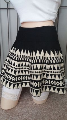 CONNECTION 18 Juniors Above the Knee Skater Skirt Geometric Black Ivory Size L/X #Connection18 #Skater